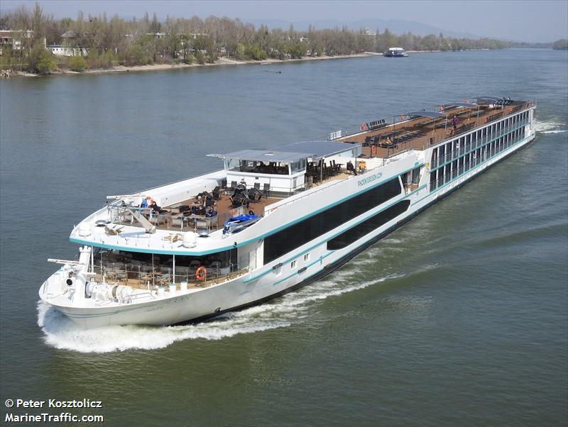 vessel ADORA IMO: 207261426,