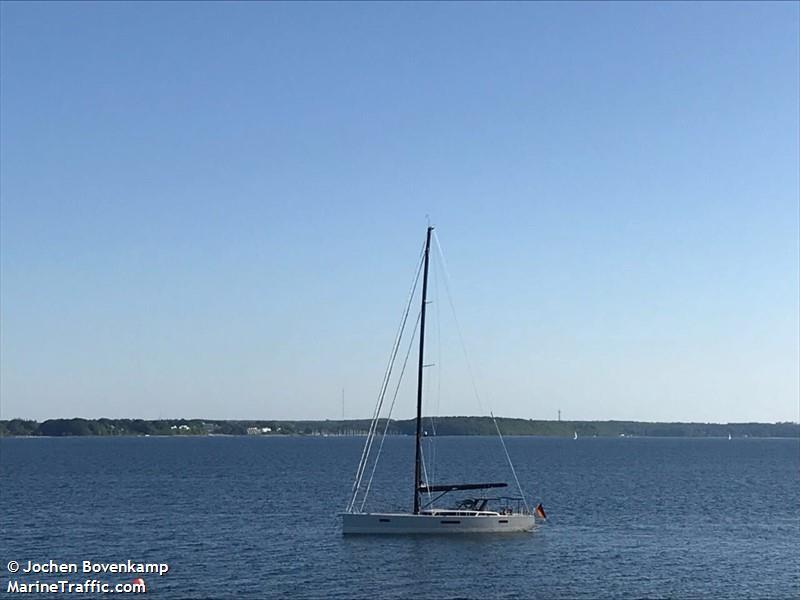 vessel ADEONA X IMO: 211130700,