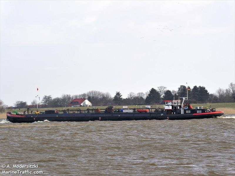 vessel ACIDUM IMO: 211480540,