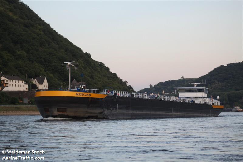 vessel ADRIAN IMO: 211515020,
