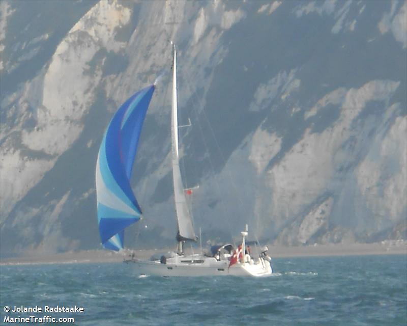 vessel AALIVIA IMO: 219012393,