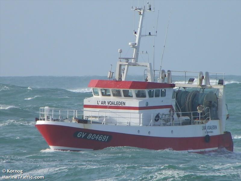 vessel L AR VOALEDEN IMO: 226178000,