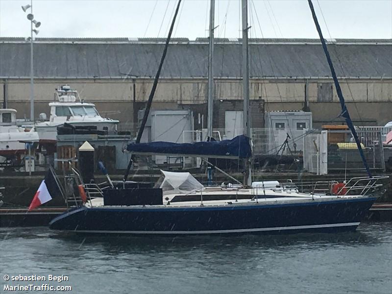 vessel ADEQUAT IMO: 227047690,