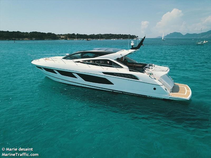 vessel AAA IMO: 232011875,