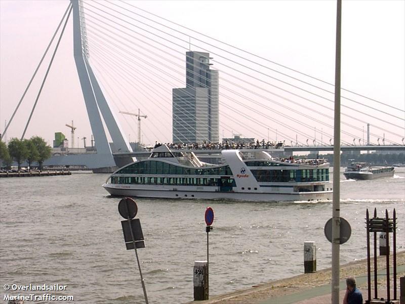 vessel ABEL TASMAN IMO: 244650879,
