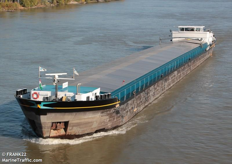 vessel ADRIANA IMO: 244660218,