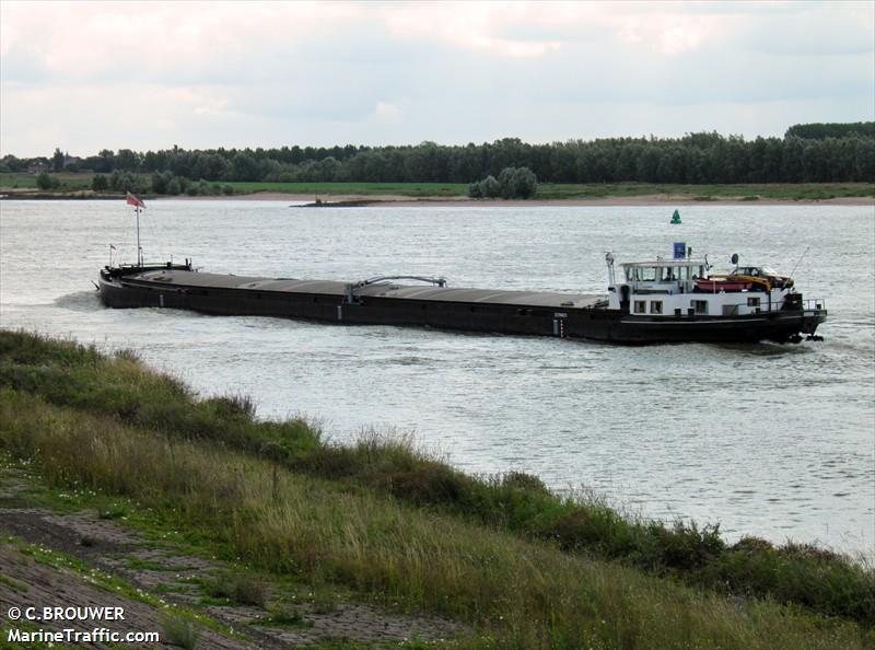vessel ADRIANA IMO: 244670599,