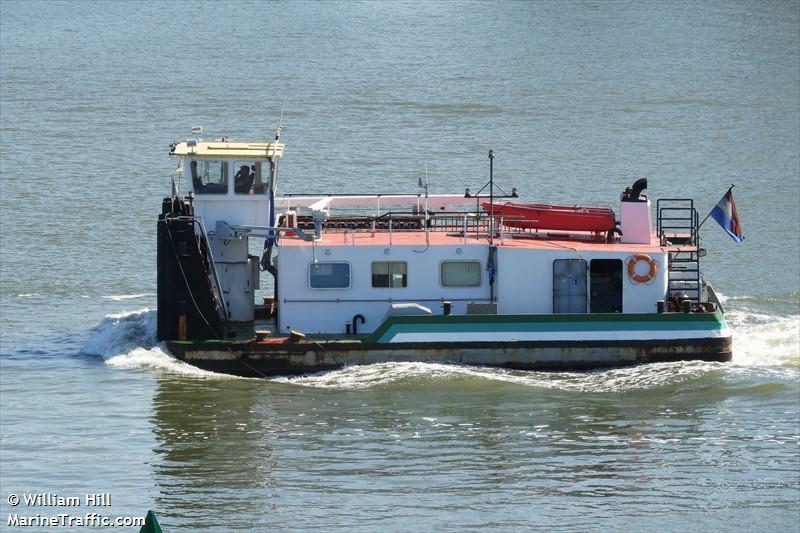 vessel AD IMO: 244690653,