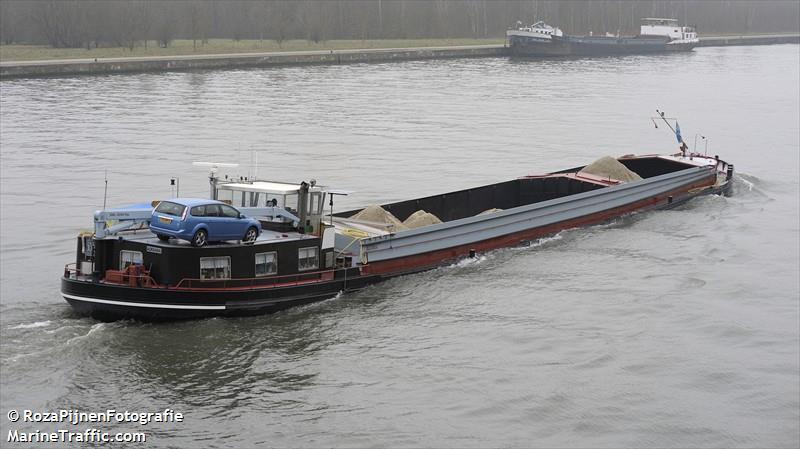 vessel ADRIANA IMO: 244710215,