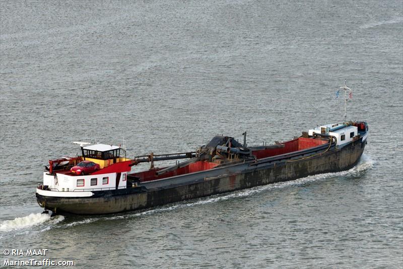 vessel ADJA B IMO: 244710744,