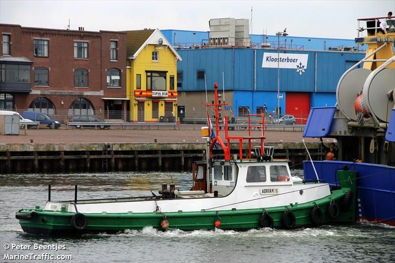 vessel ADRIANUS IMO: 244710852,