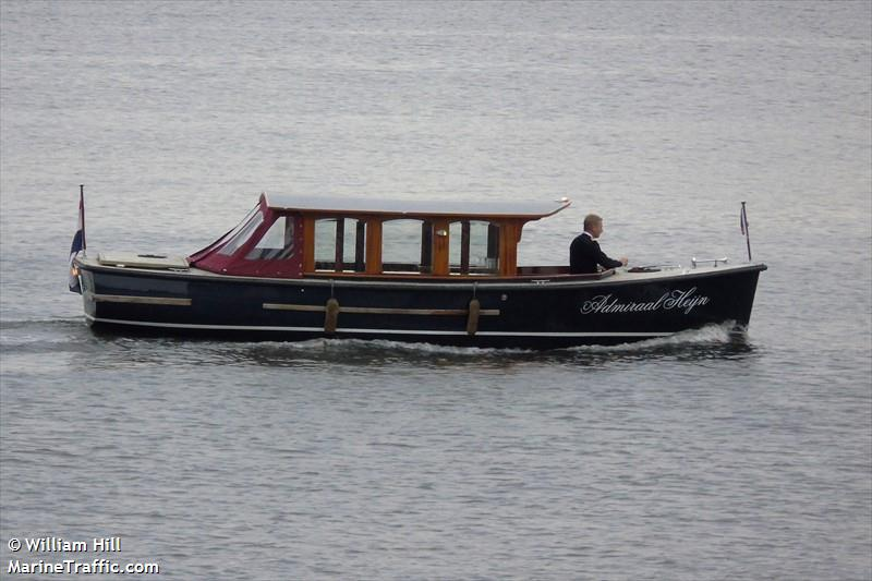 vessel ADM.HEIJN IMO: 244820409,