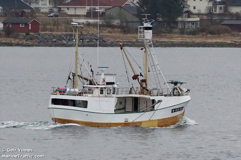 vessel AASE KARIN IMO: 257269420,