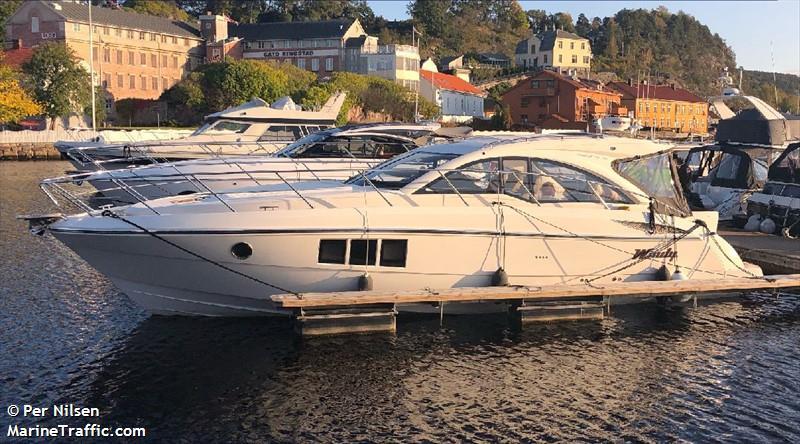 vessel ADELE II IMO: 258134450,