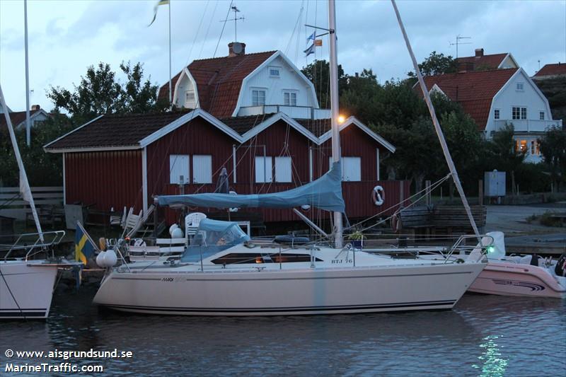 vessel A CAPPELLA IMO: 265662650,